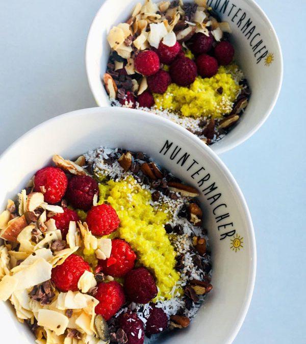 Kokos-Quinoa Porridge mit Kurkuma