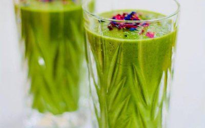 Grüner Mangold-Smoothie